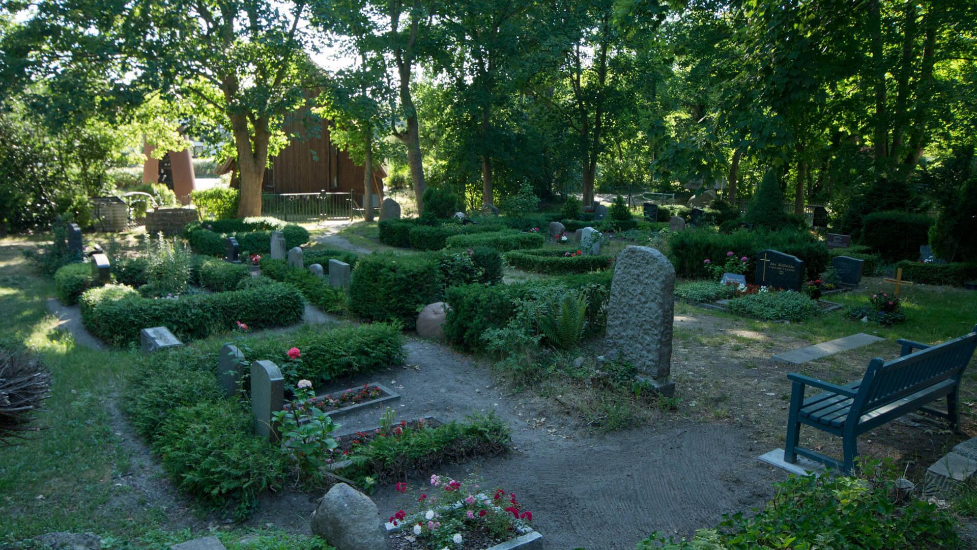 Der Friedhof an der Schifferkirche.